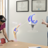 Doctors using Microsoft Hololens